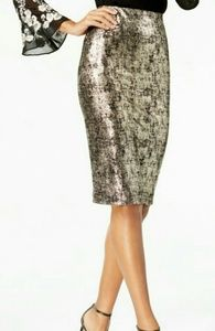 NWT Alfani Silver Metallic Pencil Skirt Size Small